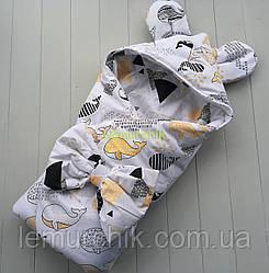 Конверт-одеяло с капюшоном и ушками, на синтепоне, Киты желтый