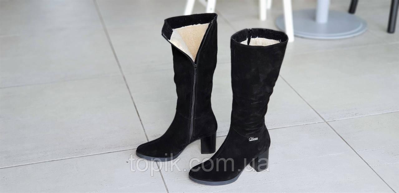 5cb7dfedc ... Женские зимние модельные сапоги на широком каблуке натуральная замша  черные полушерсть стильные (Код: 1252 ...