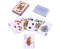 Полноразмерные игральные карты с пластиковым покрытием.