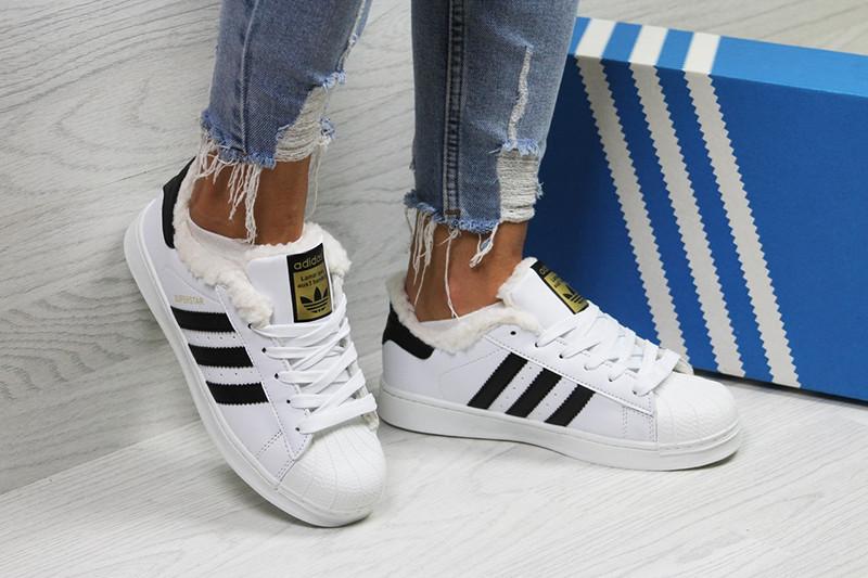 c296002d Топ продаж Кроссовки адидас суперстар женские зимние кожаные бело-черные с  мехом (реплика) Adidas Superstar