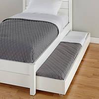 Полуторная кровать с выдвижным гостевым местом
