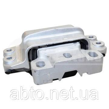 Подушка двигателя (опора двигателя левая) VW Caddy III/IV 04->