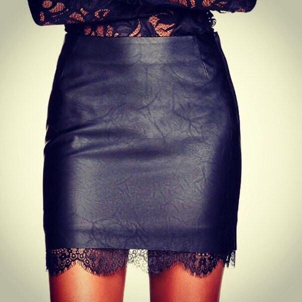 Мини юбка с низу