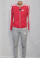 Стильный  женский спортивный костюм  Nike  красный