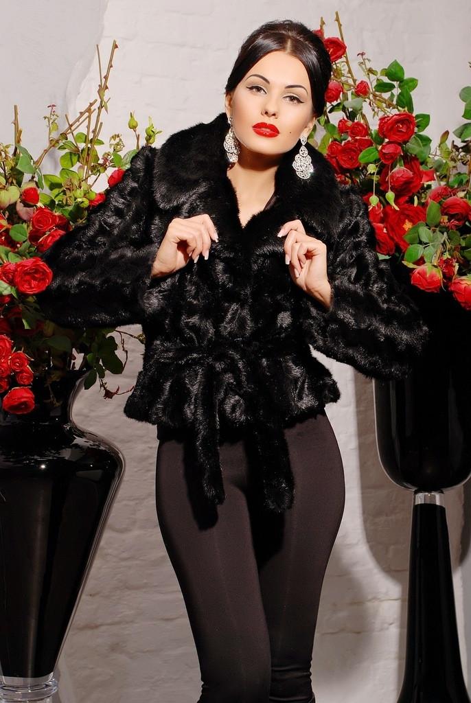 Шикарная женская шубка из эко-меха под норку Шаде черная
