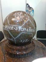 Шар с гранита гравированный диаметр 50 мм