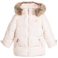 К каким моделям зимних детских курток оптом стоит приглядеться? Подбираем для мальчиков и девочек
