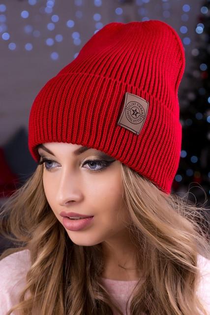 Модная женская шапка Челси красная