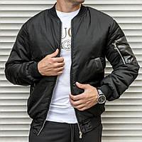 Чоловіча тепла куртка-бомбер чорного кольору, на синтепоні, фото 1