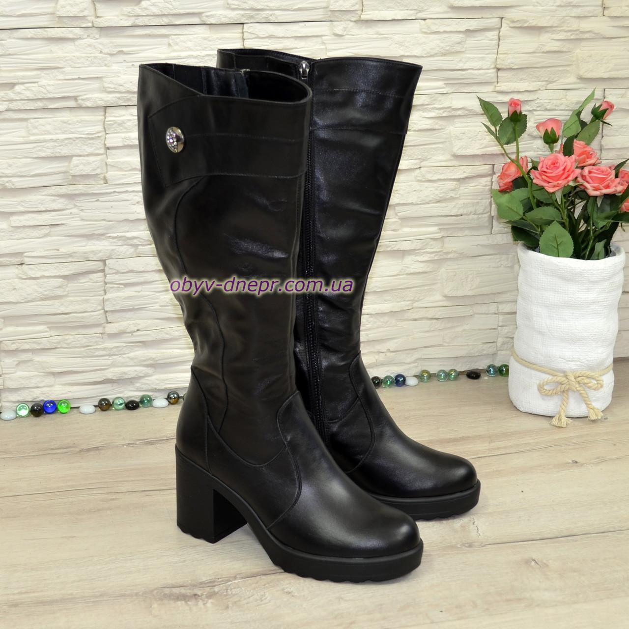 188e1f69bb6c Женские зимние кожаные сапоги на высоком устойчивом каблуке, декорированы  ...