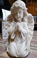 Скульптура для памятников. Скульптура Ангел на коленях №9 из мрамора 30 см