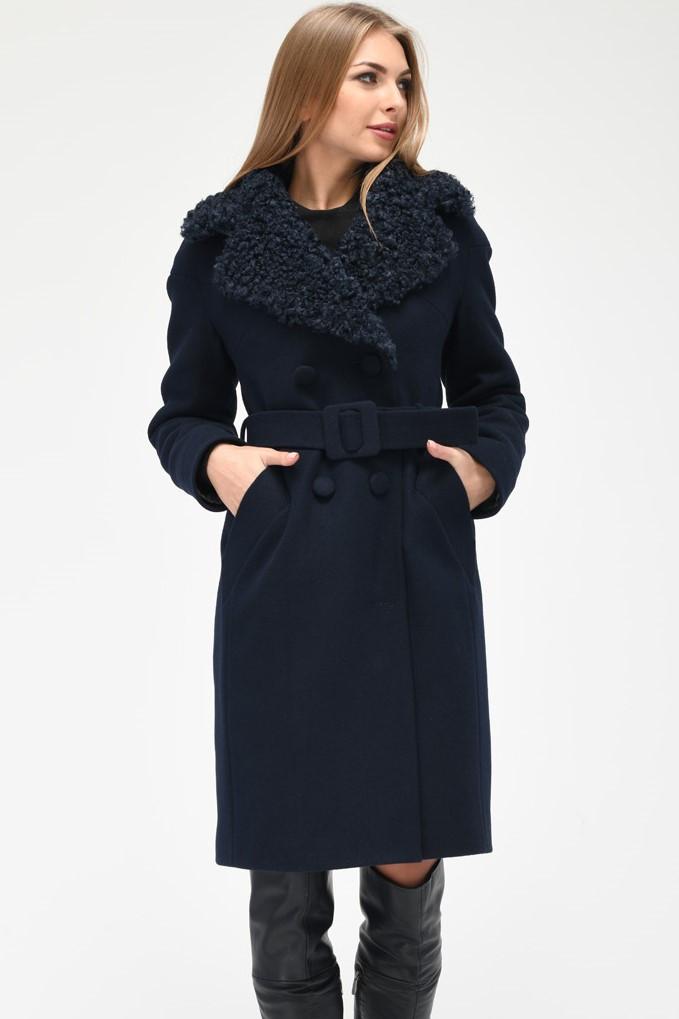 Зимнее двубортное пальто синее