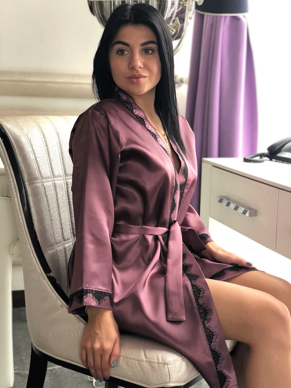 Романтичный серо-розовый халат из атласа, домашняя женская одежда