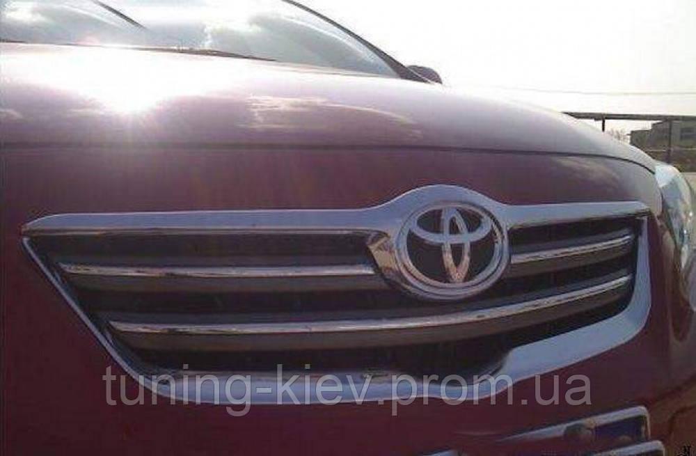 Хром накладки на решетку радиатора Toyota Corolla 2007-2009