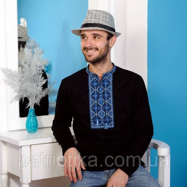 Вы можете купить черную мужскую вышиванку с синим орнаментом и с длинным  рукавом в нашем интернет-магазине