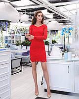 Красное кружевное платье  с длинными рукавами
