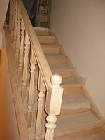 Обшивка бетонной лестницы буком.