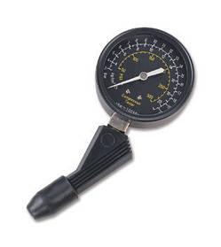 Компрессометр универсальный бензиновый TRISKO G-320