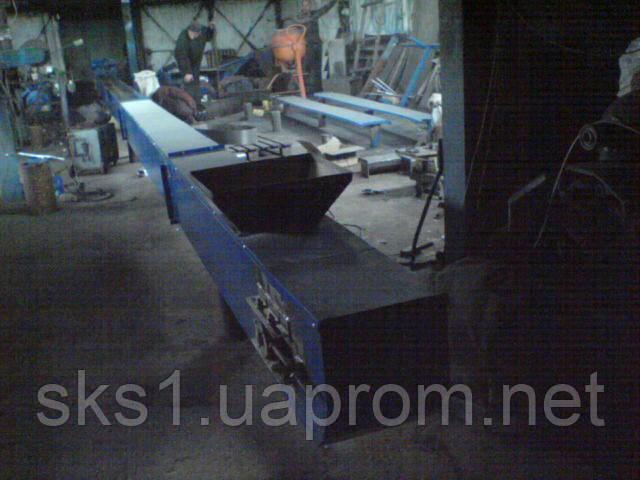 Цепной скребковый транспортер, конвейер