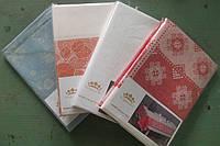 Жаккардовые скатерти различных цветов