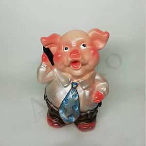 Сувенирная копилка свинка Босс 13 см