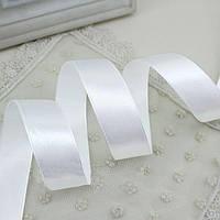 Лента атласная 001 белая 12 мм