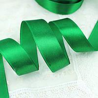 Лента атласная 019 зеленая 12 мм