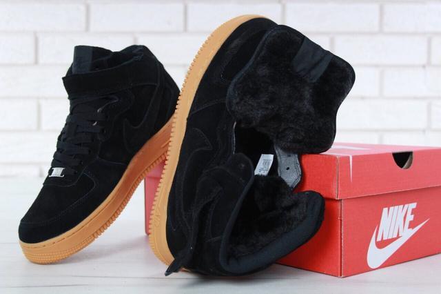 Кроссовки с мехом Nike Air Force 1 Hi Suede Black WMNS фото