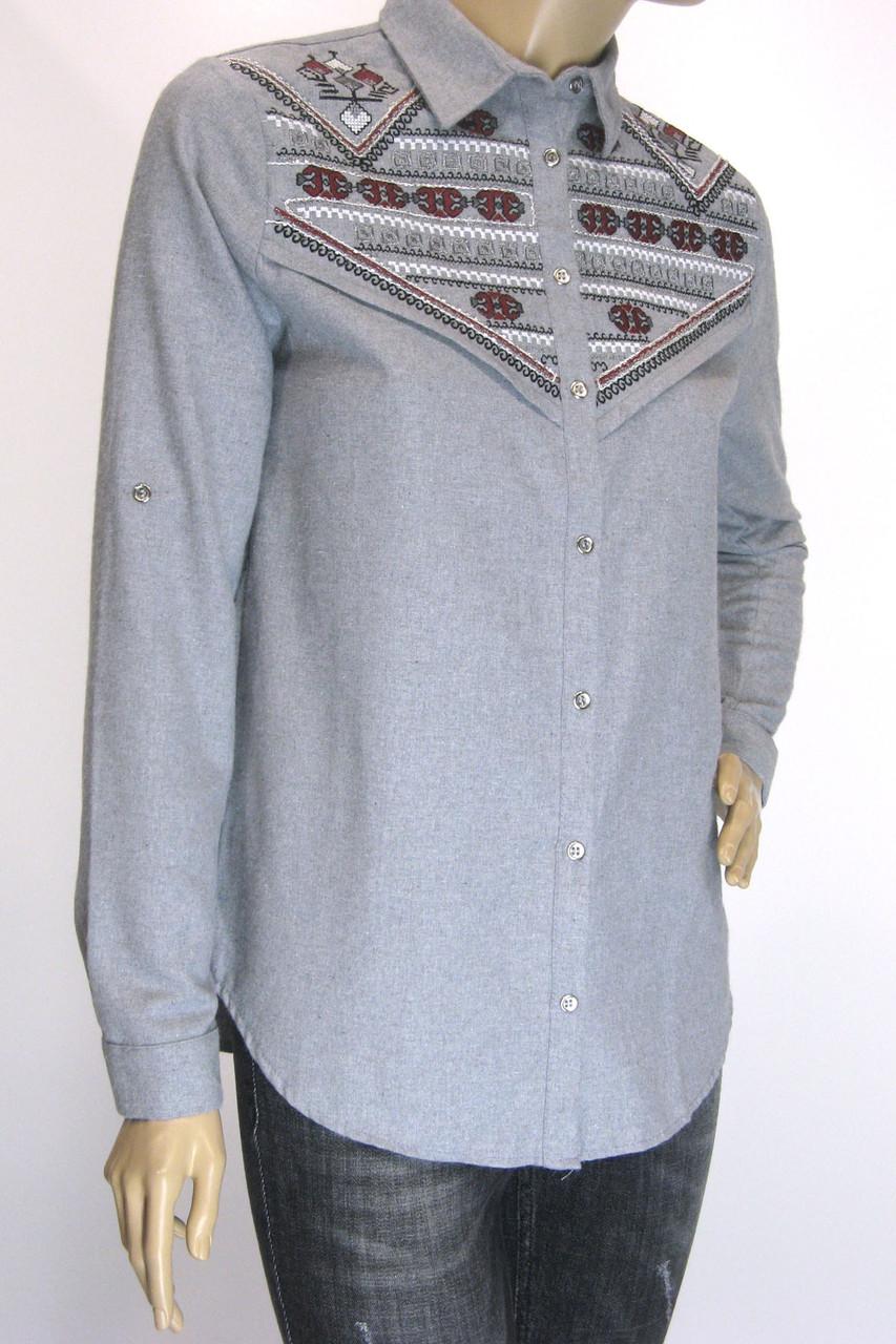 Жіноча сіра сорочка з фланелі з вишивкою