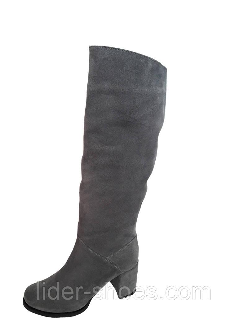 Женские осенние сапоги на каблуке