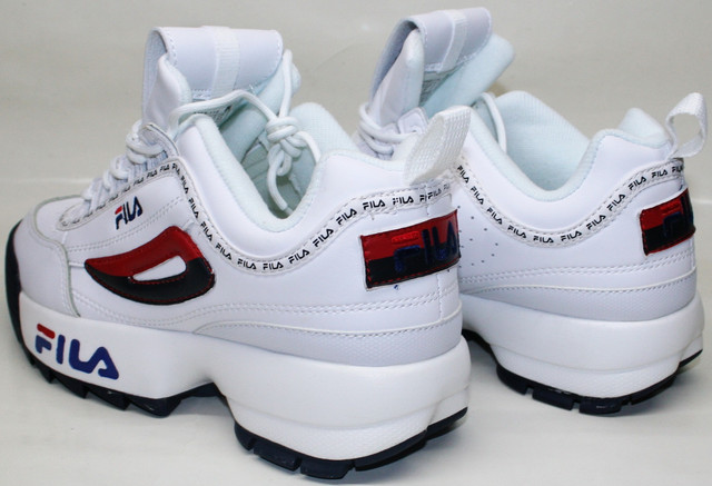 """Кроссовки """"fila на высокой подошве"""" мягко амортизируют, уменьшают нагрузку на ноги при беге и продолжительной ходьбе. В fila disruptor ii ноги не устают."""
