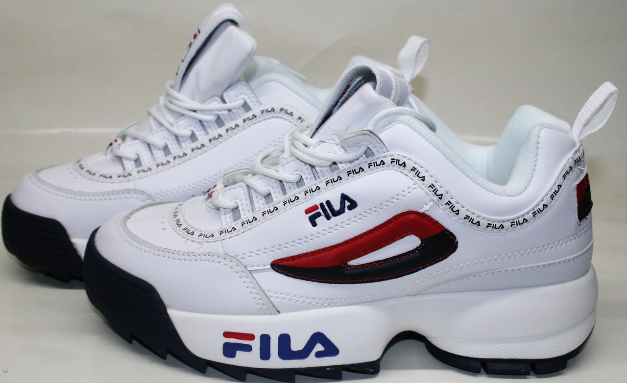 7a25f2bd99ff Кроссовки фила женские белые Fila Disruptor 2 white black-red-blue -  Интернет-
