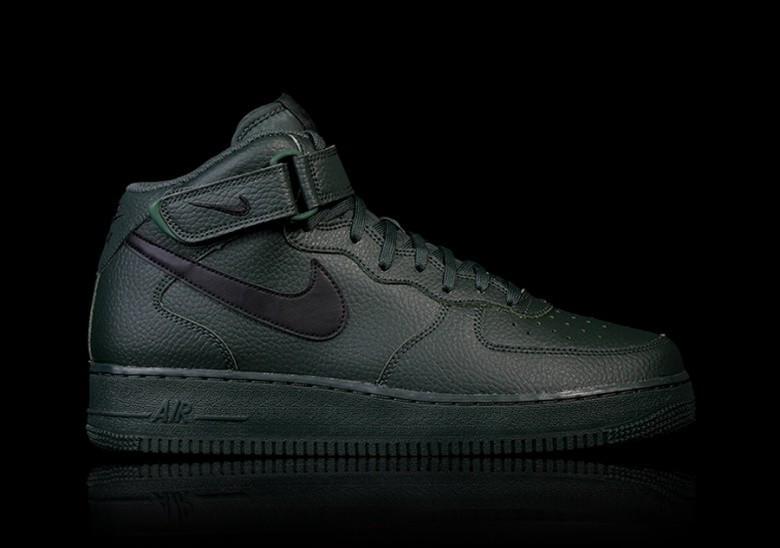 Оригинальные мужские кроссовки NIKE AIR FORCE 1 MID  07 GROVE GREEN, фото 1 63c823abce8