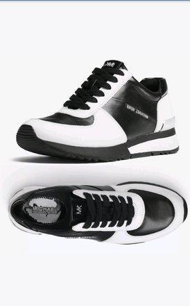 Новые стильные кожаные кроссовки Allie Trainer Michael Kors Майкл Корс оригинал из США (Размер 25см)