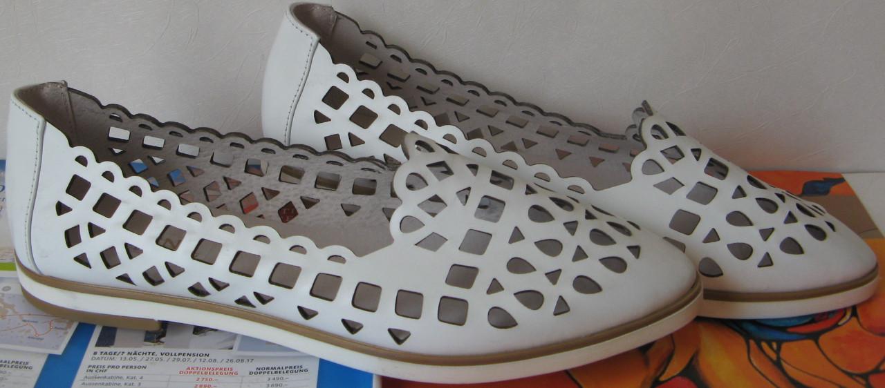 Versace жіночі шкіряні білі еспадрільї перфорація балетки туфлі натуральна  шкіра репліка f47fd9ac2c2ec