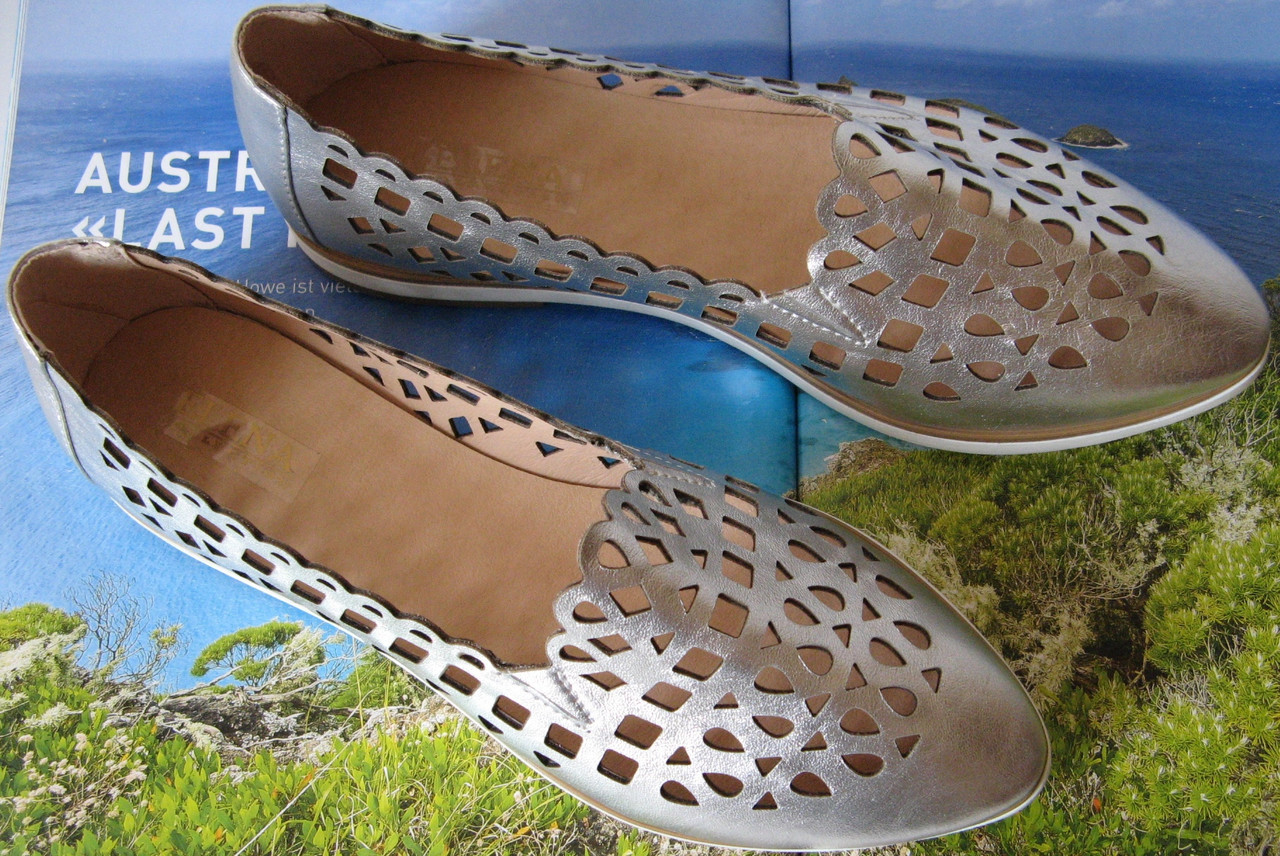 Versace жіночі шкіряні сріблясті еспадрільї перфорація балетки туфлі  натуральна шкіра срібло репліка 4709f7fc5a1bc