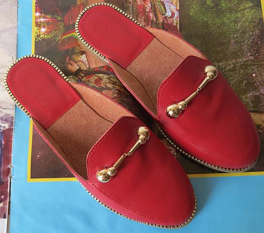 Мюлі стиль Gucci жіночі шкіряні сабо на низькому ходу з закритим носком  босоніжки шльопанці Гучі репліка a9c1970708668