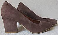 Nona! жіночі якісні класичні туфлі замшеві шоколадного кольору взуття на підборах 7,5 см