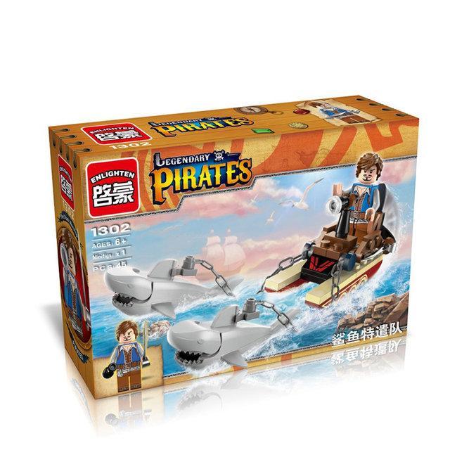 Конструктор Brick 1302 Legendary Pirates Дрейфуючи з акулами 45 деталей