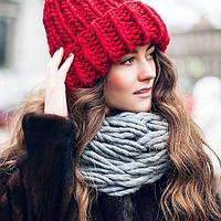 женские модные вязаные шапки сезона 2018 2019 с ушками с помпоном