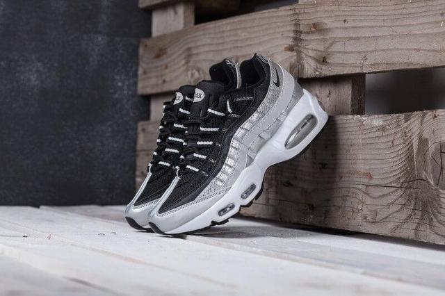4a2ec657 Изучив этот краткий мануал по сортам и типам спортивной обуви которая  существует, Вы сможете ориентироваться на свои потребности и возможности  при покупке ...