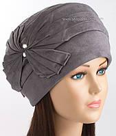 Зимняя женская шапка Линия серого цвета