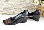 """Кожаные женские туфли с вставками из коричневой кожи на танкетке. ТМ """"Maestro"""", фото 3"""