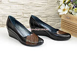 """Кожаные женские туфли с вставками из коричневой кожи на танкетке. ТМ """"Maestro"""", фото 4"""