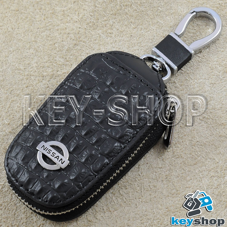 Ключница карманная (черная, кожаная, с тиснением, на молнии, с карабином) логотип авто Nissan (Ниссан)