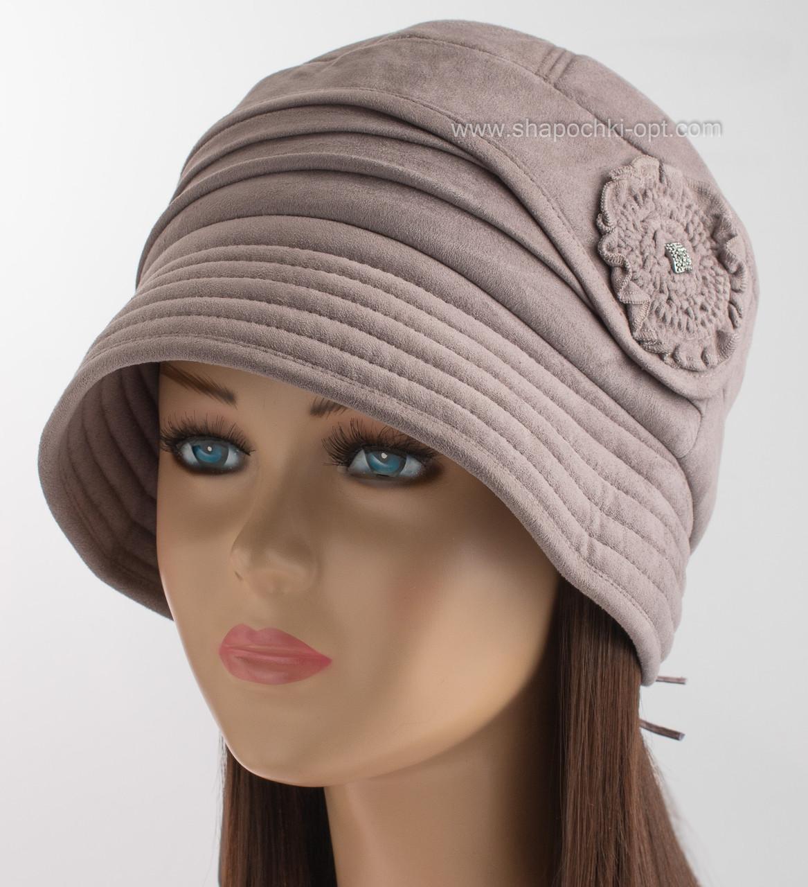 Женская утепленная шляпа клош темно-бежевого цвета