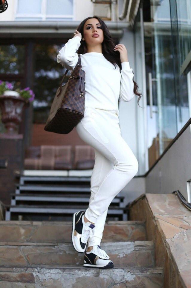 Теплый женский спортивный костюм трехнитка на флисе L-ка белый