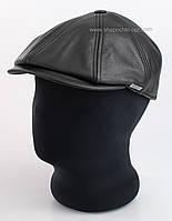 Мужская кепка восьмиклинка из кожи каре
