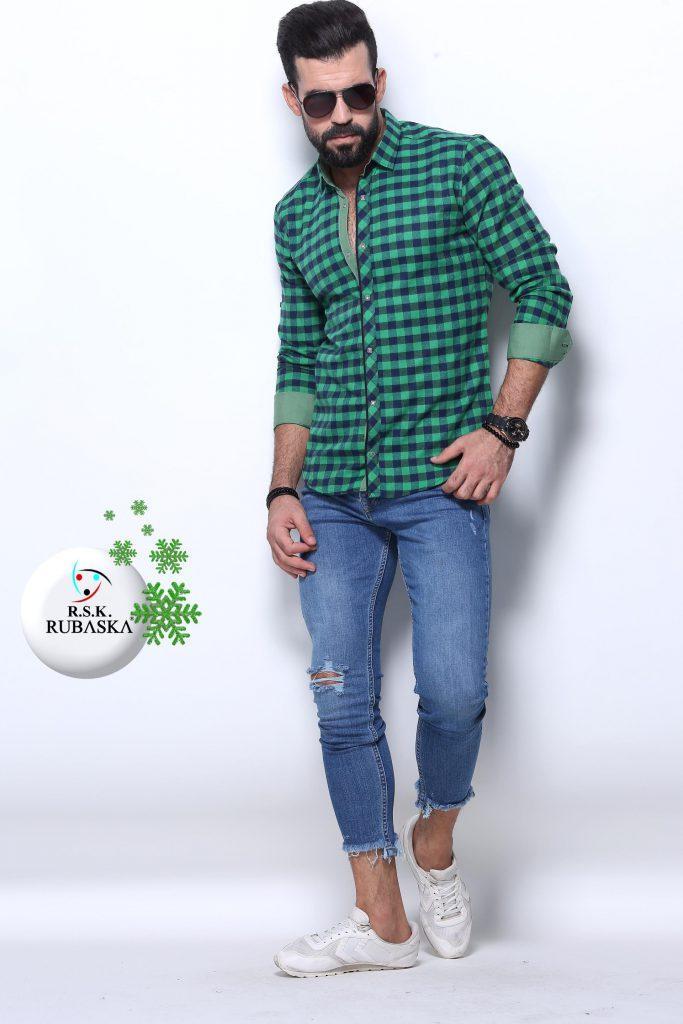 7c74a2a950c Мужская темно зеленая рубашка в клетку  продажа