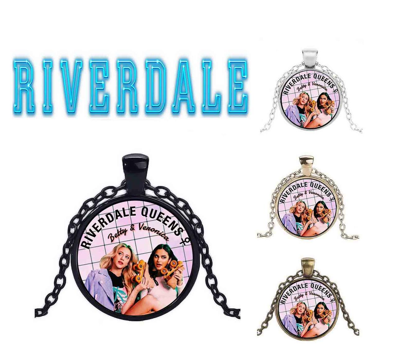 Кулон Queens  Riverdale Ривердэйл